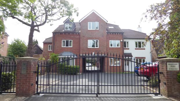 To Let - 60 Manor Road, Solihull, West Mid B91