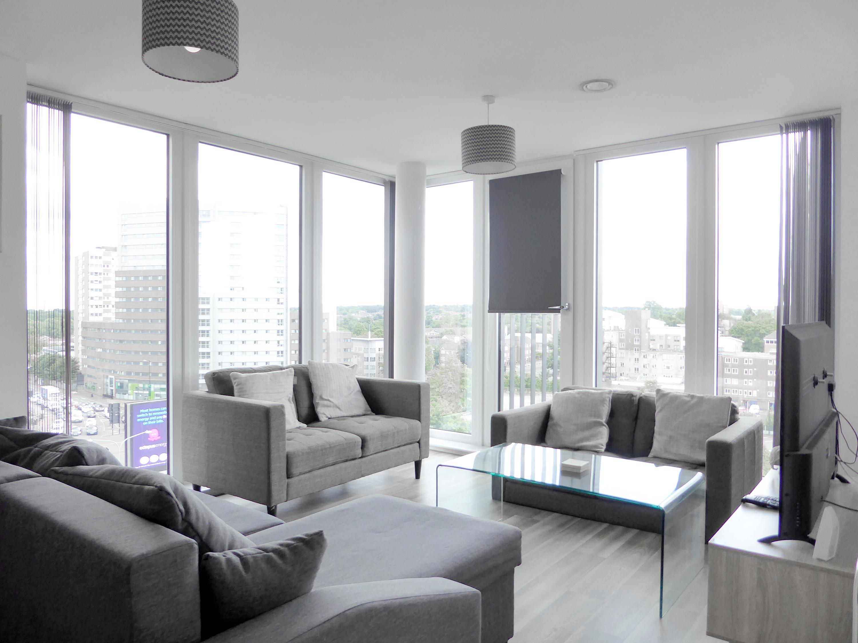 Washington Apartment, 5 Lexington Gardens, Birmingham, B15 2DR