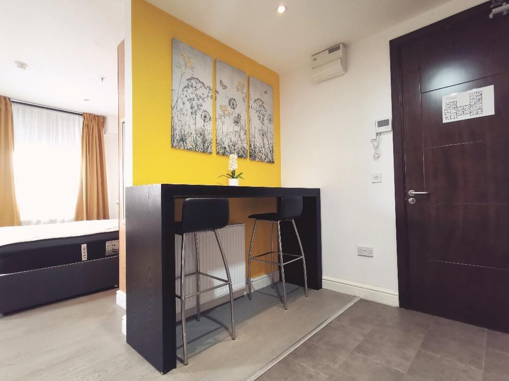 Avix Apartments, 307 Walsall Road, Birmingham, B42 1UH